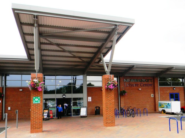 032AA-NEWMARKET-LEISURE-CENTRE