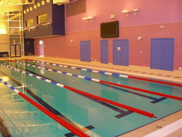 032G-NEWMARKET-LEISURE-CENTRE-009