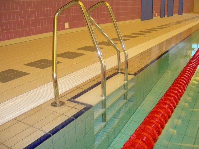 032L-NEWMARKET-LEISURE-CENTRE-010