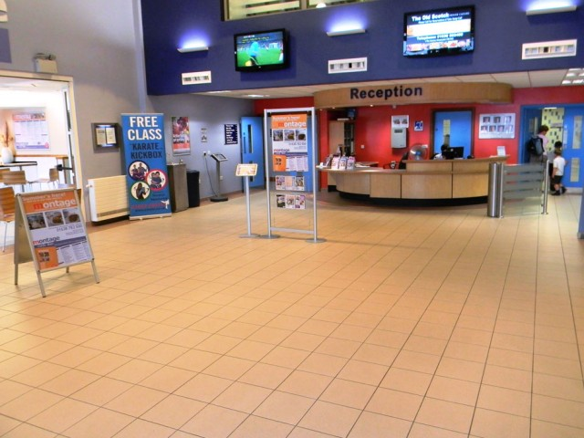 032R-Newmarket-leisure-Centre