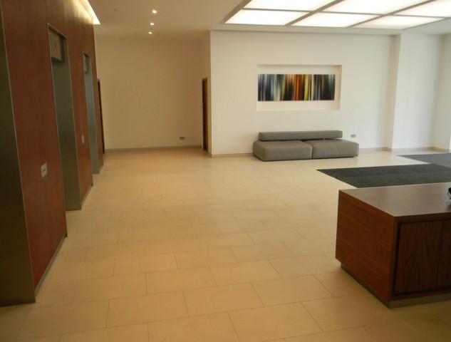 040H-84-Eccleston-Square
