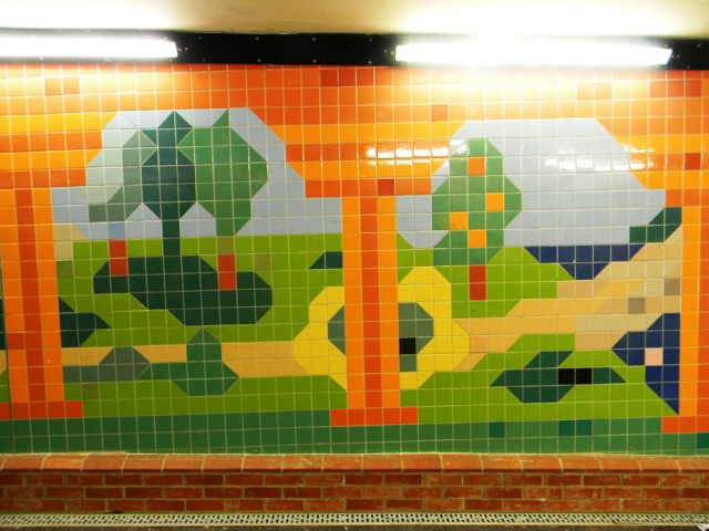 041H-Great-Notley-Subway