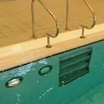 Garons Pool - Comp Pool Ladder Recess