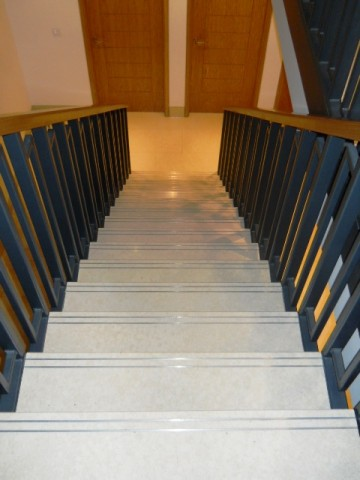 Denewood Road - Stone Staircase 02