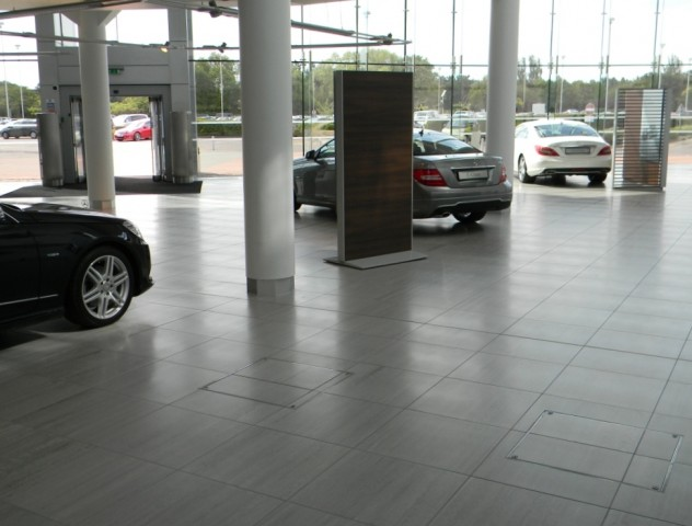 MBUK - Main showroom floor 01