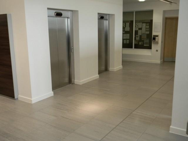 MBUK - Floor to lift lobby