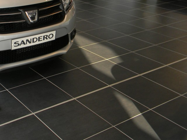Showroom floor detail 1