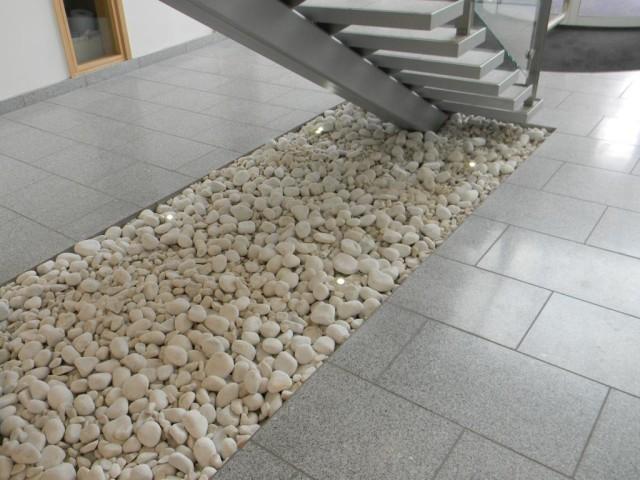 Street Walkway Floor Planter detail