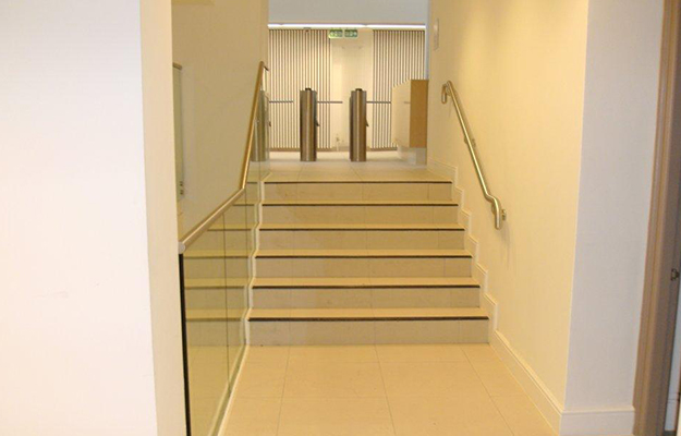 LSE - Stairs