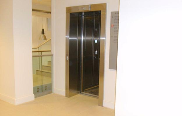 LSE - Lift Lobbies