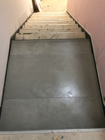 Tiling to Stairs